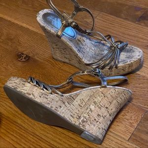 Banana Republic Bronze Wedge Sandals shoes sz 8.5